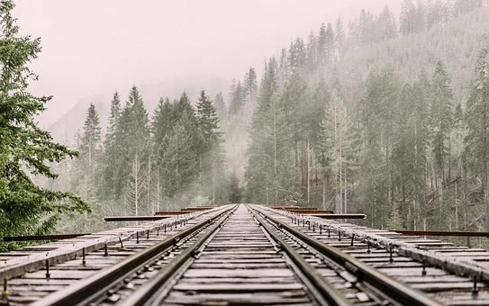 The railway construction and operation market is fully liberalized, and the listing of high-quality assets accelerates